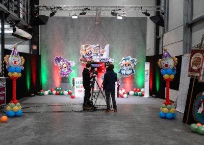 Studioproduktion, Karnevalsdekoration, Kamera, Kameramann, virtuell, Beleuchtung