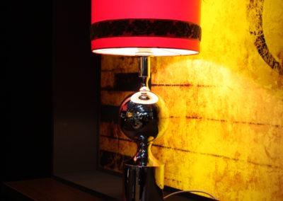 Nostalgische Tischlampe, Retro Lampe, rot